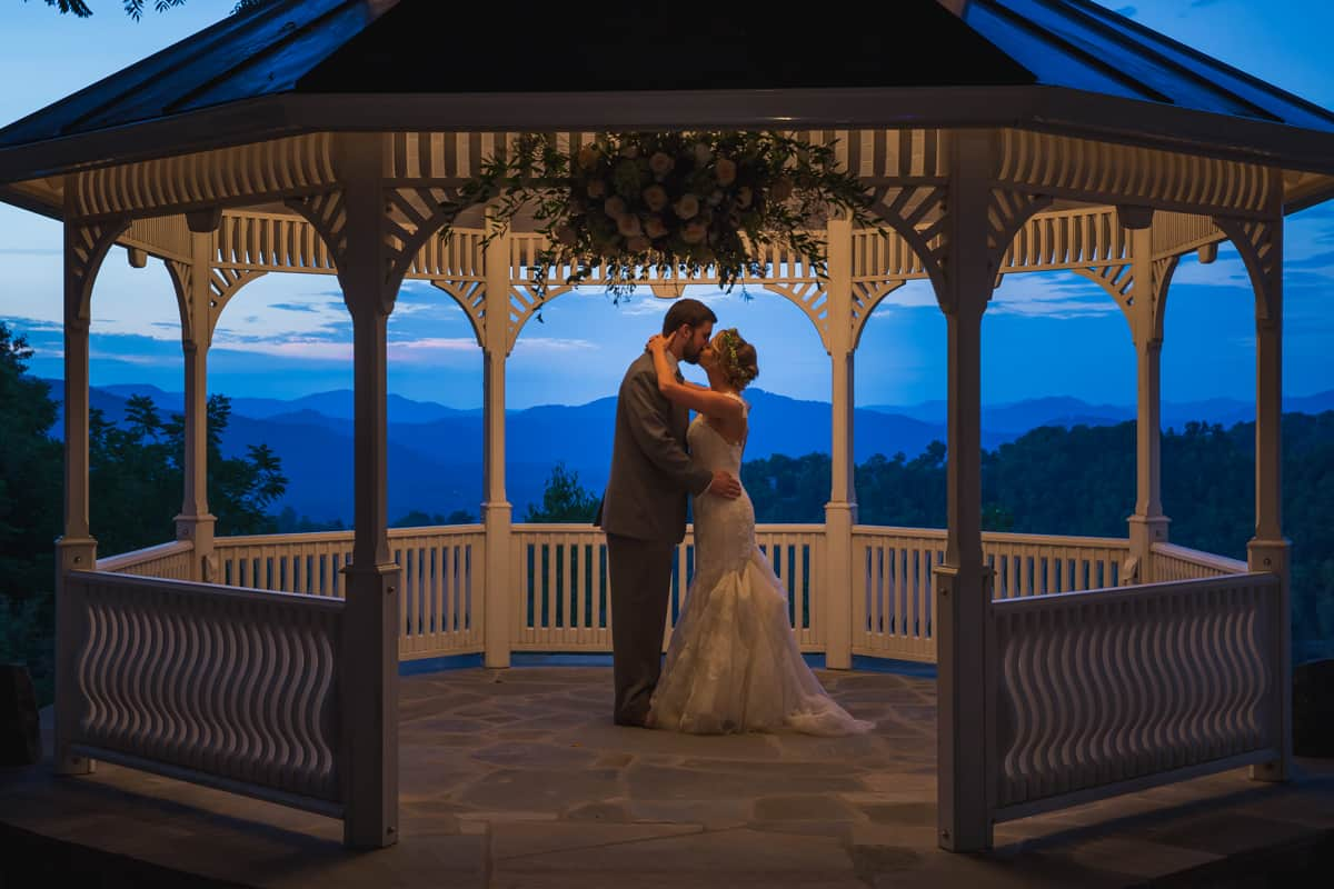 Best smoky mountain wedding venues for Best venues for small weddings