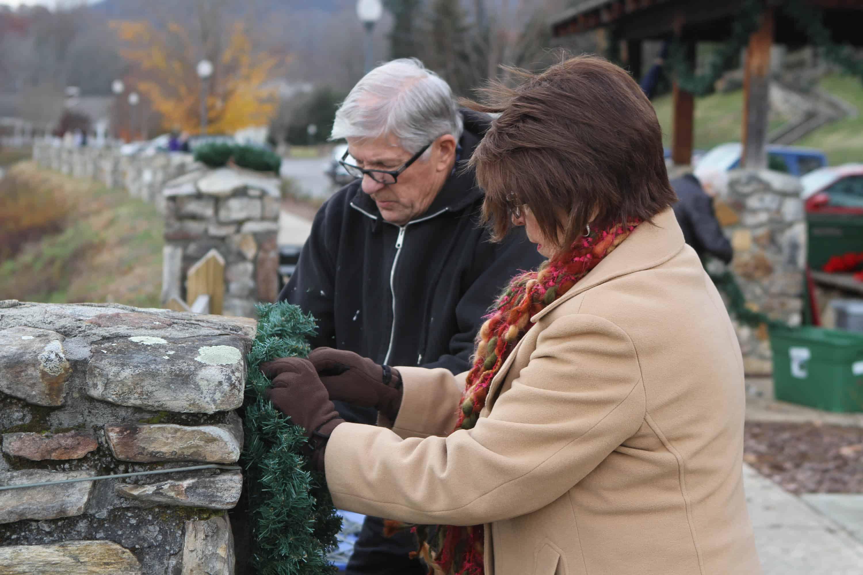 Lake Junaluska volunteers helping decorate for christmas.