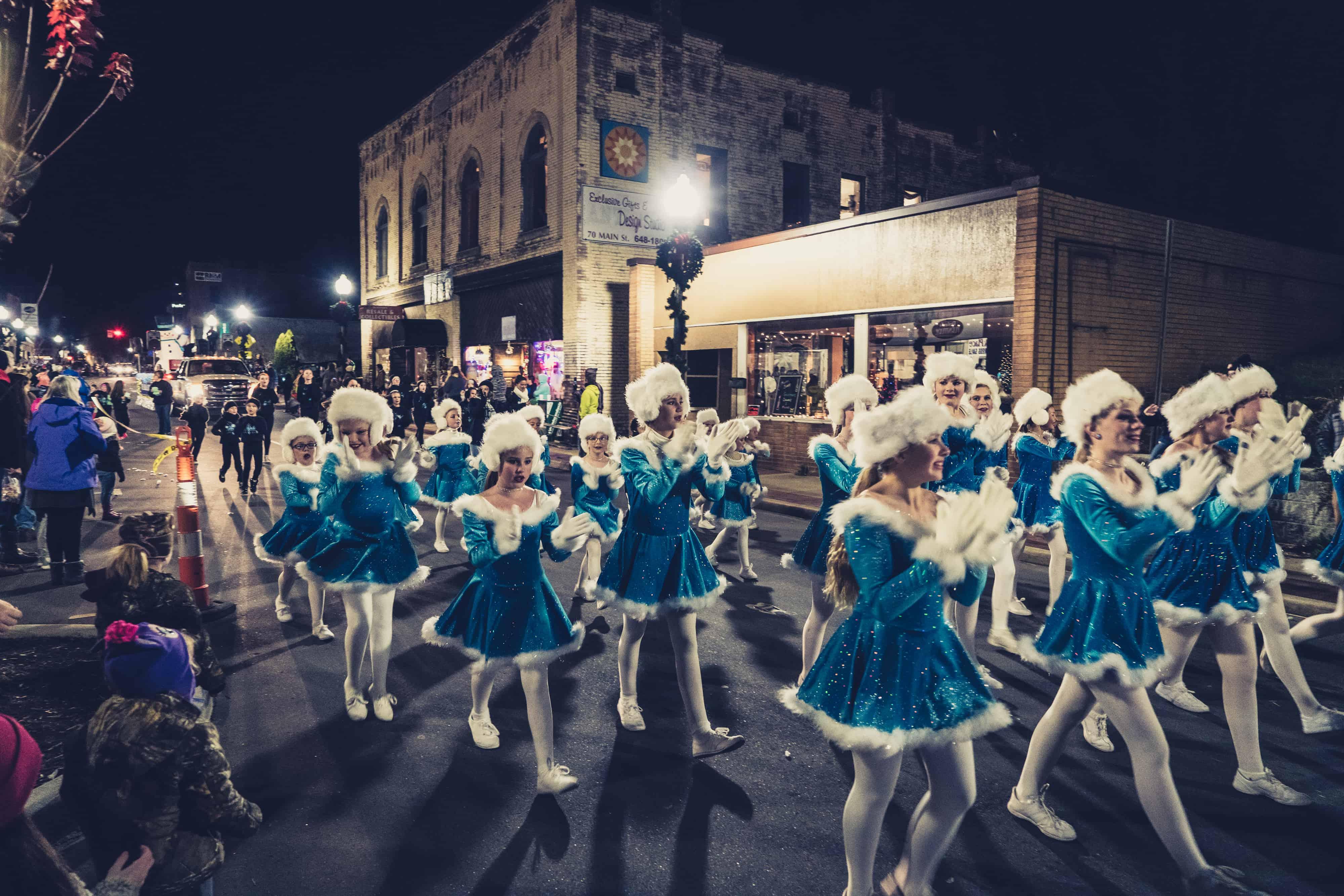 blue dancing crew