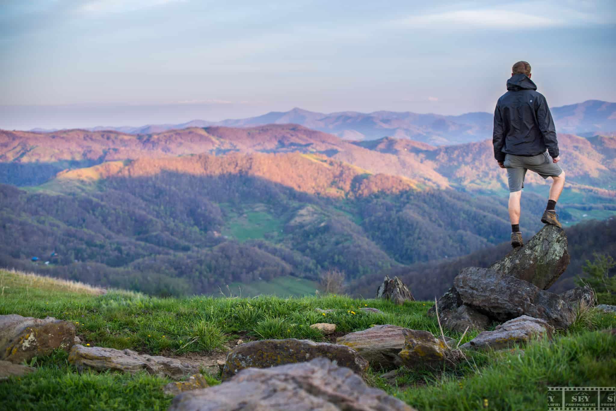 hiking_vista
