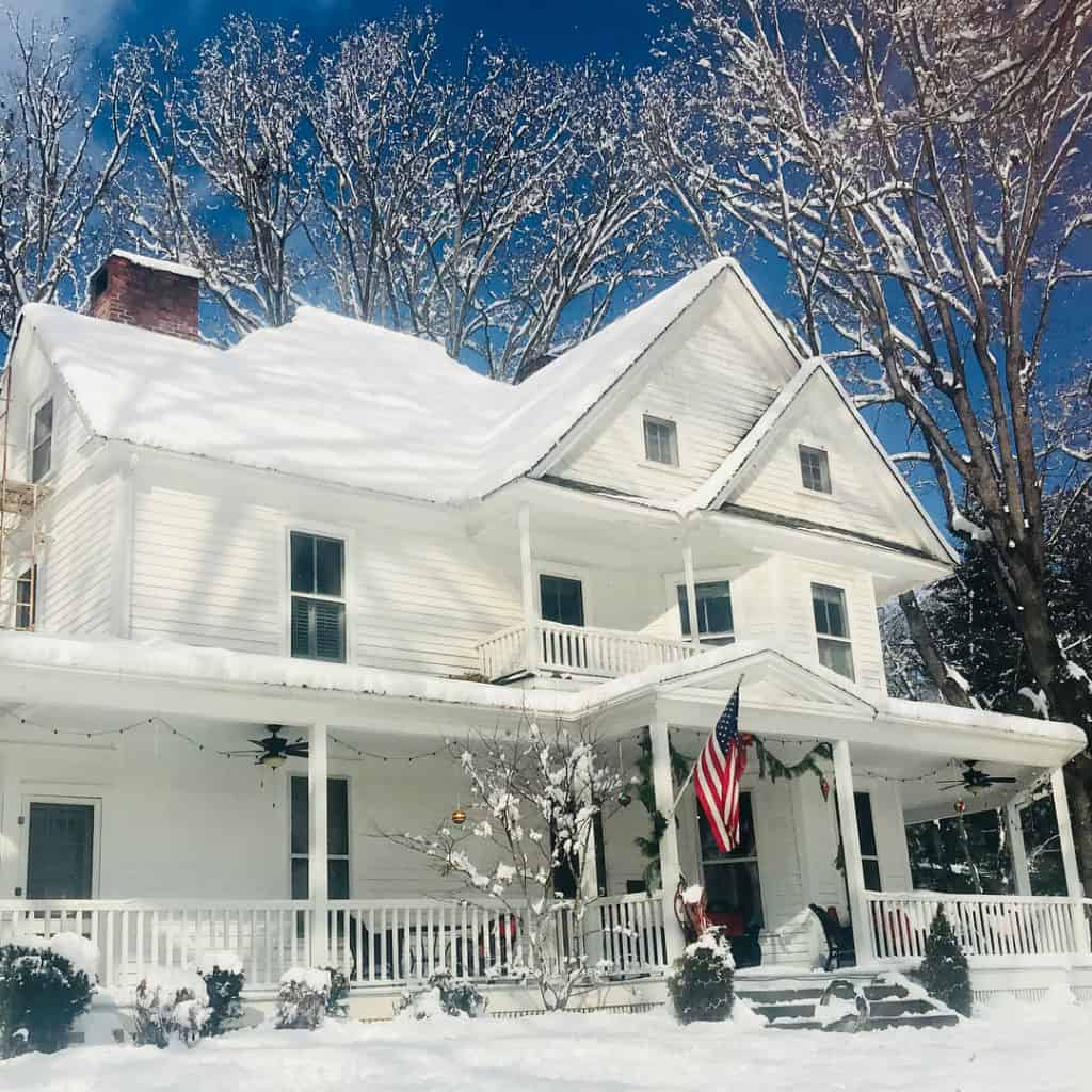 Oak Hill Bed and Breakfast in the winter.