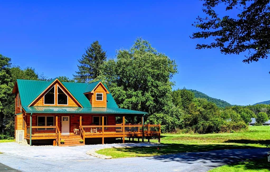 Lazy Elk Lodge